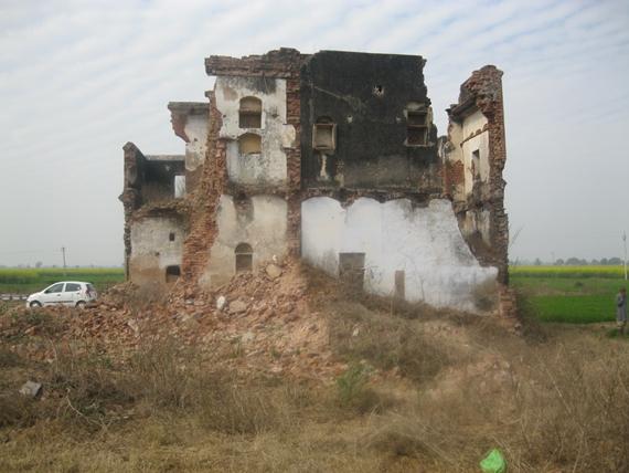 ਹੋਂਦ ਚਿੱਲੜ ਪਿੰਡ ਜਿੱਥੇ ਨਵੰਬਰ 1984 'ਚ 32 ਸਿੱਖਾਂ ਨੂੰ ਕਤਲ ਕਰ ਦਿੱਤਾ ਗਿਆ ਸੀ