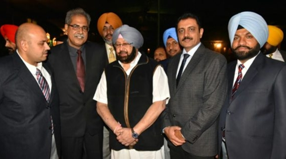 amrinder singh with police officers 222
