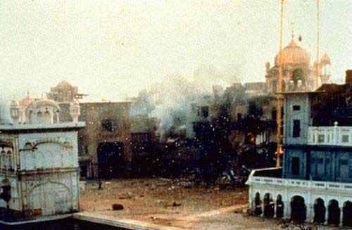 June 1984 Akal Takhat Sahib2